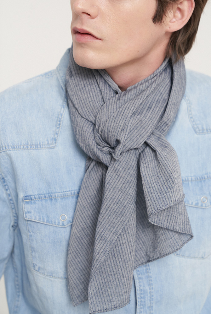 Solid 6 scarf - navy