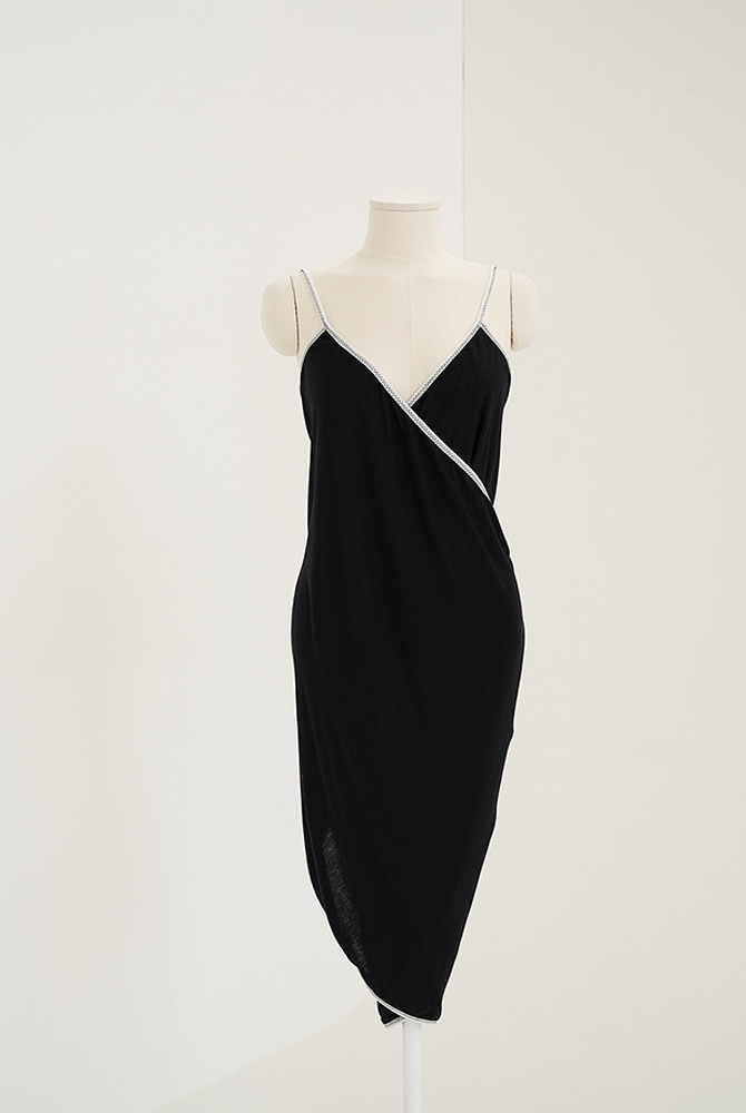 basic wrap dress-black